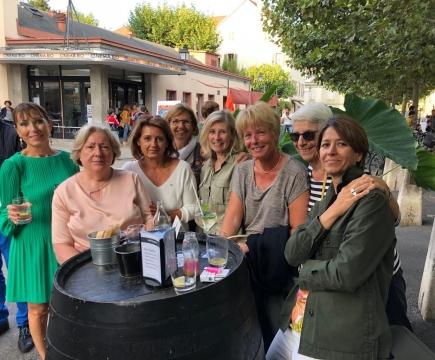 De gauche à droite: Chantal Duchesne, Martine Tracewski, Antoinette Borgnana, présidente  du club IW Genève, Catherine Colquhoun, Marie Laure Naville, Anne Scerri, Lucienne Nawratil et Evie Marinoni